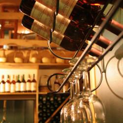 wine-rack-1328813-640x960