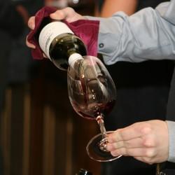 wine-786933_1920